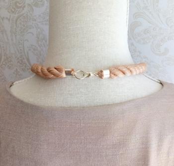 Rephalsband enkelknut&bricka puder